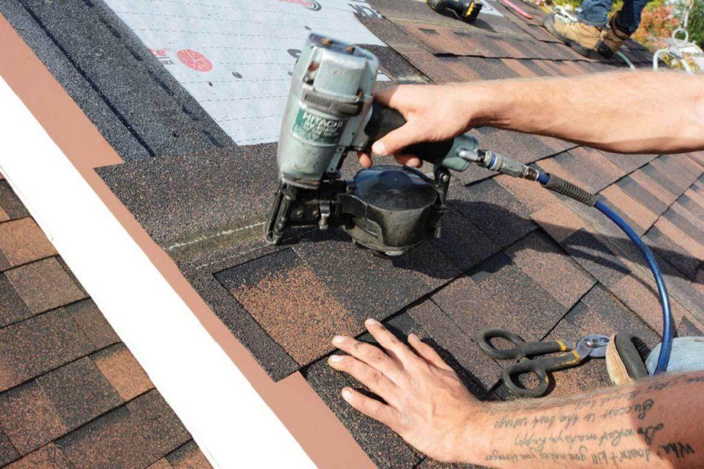 بررسی پوشش سقف شینگل آسفالتی