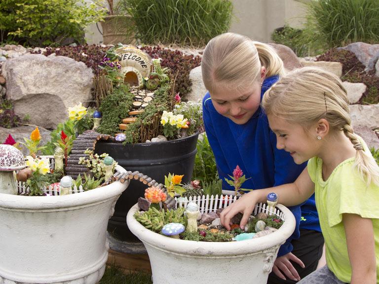 استفاده از محوطه های بازی در طراحی فضای ویلا و باغ مناسب کودکان