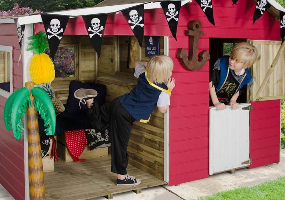 استفاده از رنگ های شاد در طراحی فضای ویلا و باغ مناسب کودکان